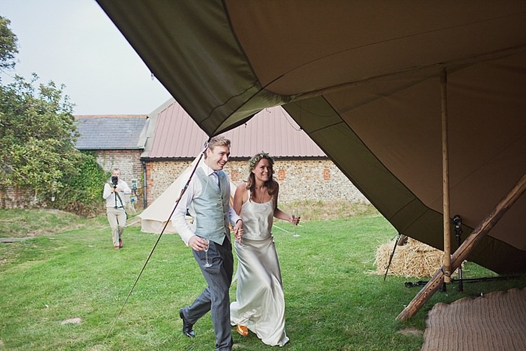 Stylish Creative Wild Flower Crowns Tipi Wedding http://www.cottoncandyweddings.co.uk/
