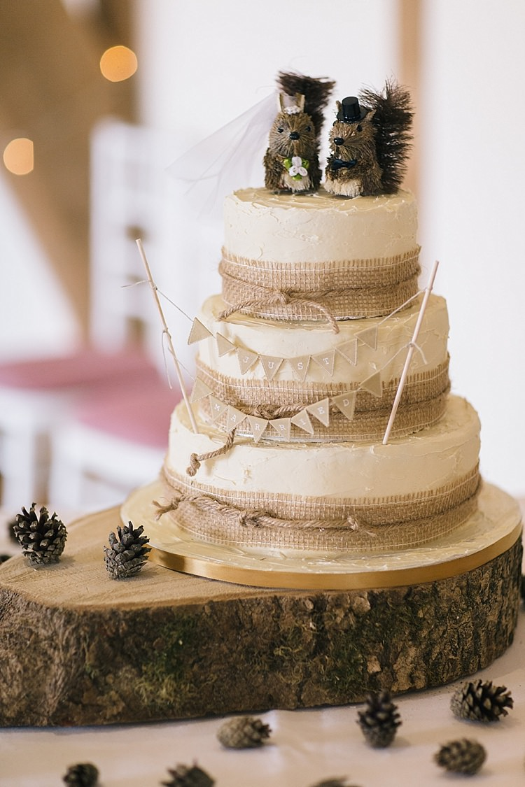 Hessian Log Bunting Cake Squirrel Topper Soft Whimsical Natural Rustic Wedding http://emilyhannah.com/
