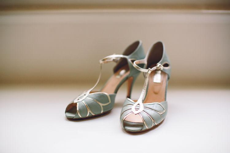 Green T Bar Vintage Rachel Simpson Shoes Cotswolds Barn Laid Back Stylish Wedding http://albertpalmerphotography.com/