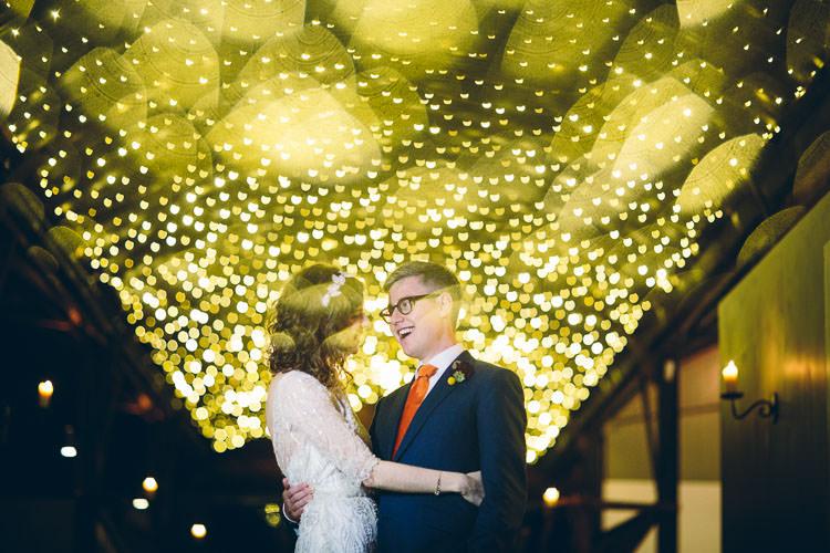 Cotswolds Barn Laid Back Stylish Wedding http://albertpalmerphotography.com/