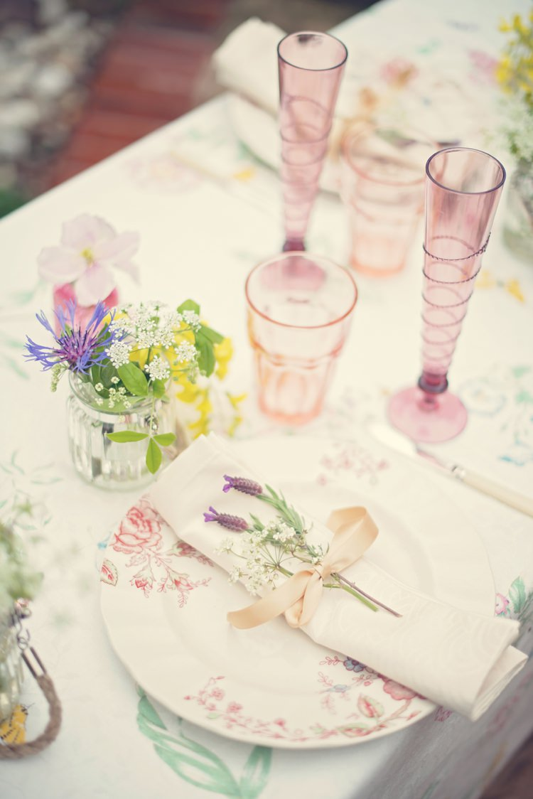 Place Setting Decor Beautiful British Flower Peak District Moors Wedding Ideas http://www.sarahbrabbin.co.uk/