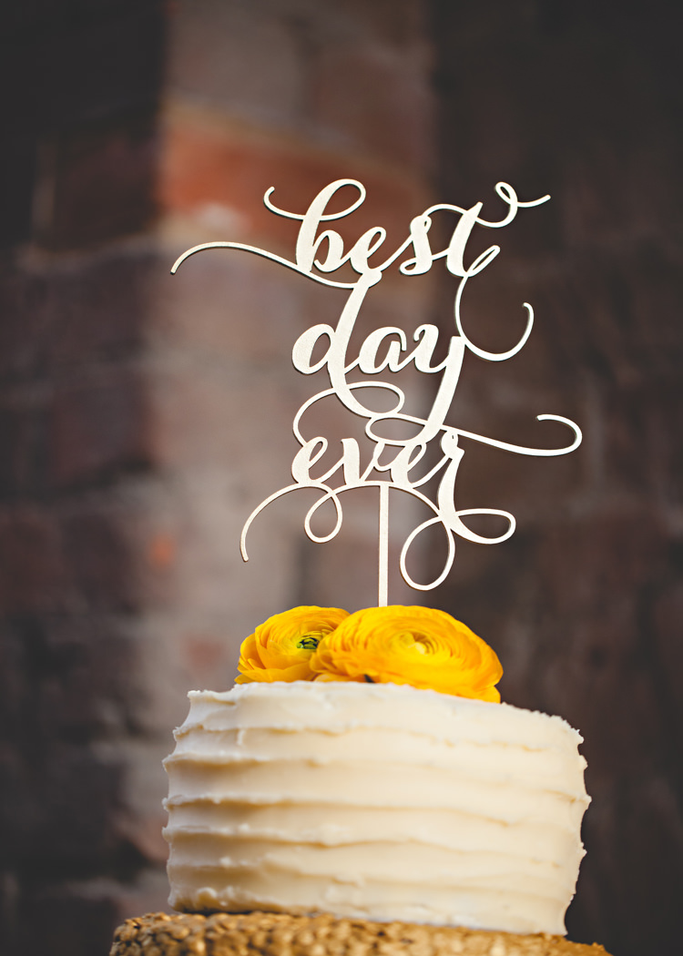 Best Day Ever Cake Topper Gold Easter Travel Barn Wedding http://hbaphotography.com/