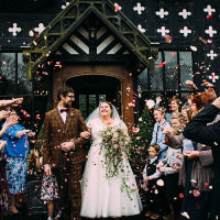 1940s Vintage Woodsy Winter Wedding http://www.lawsonphotography.co.uk/
