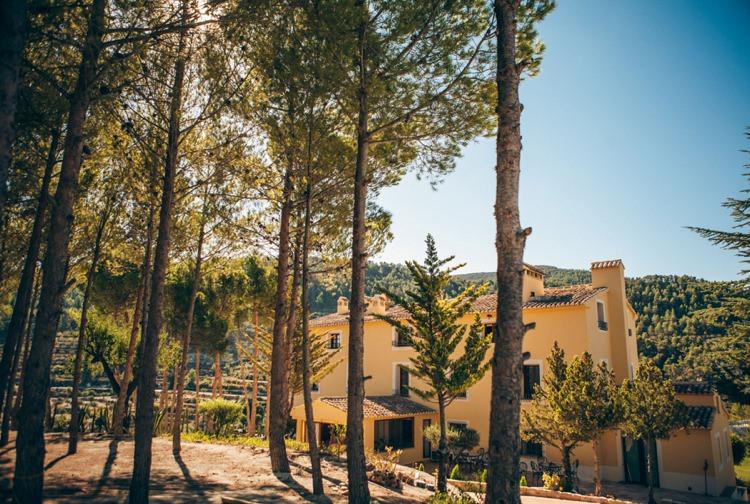 Honeymoon Guide 2015 Ideas Advice La Escondida_ Spain_ Mr & Mrs Smith (1)