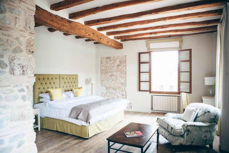 Honeymoon Guide 2015 Ideas Advice La Escondida_ Spain_ Mr & Mrs Smith (2)