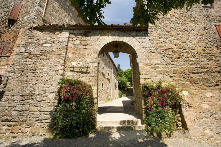 Honeymoon Guide 2015 Ideas Advice Monteverdi_ Italy_ Mr & Mrs Smith (1)