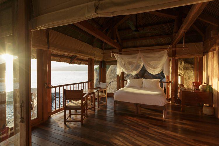 Honeymoon Guide 2015 Ideas Advice Six Senses Ninh Van Bay_ Vietnam_ Mr & Mrs Smith (2)