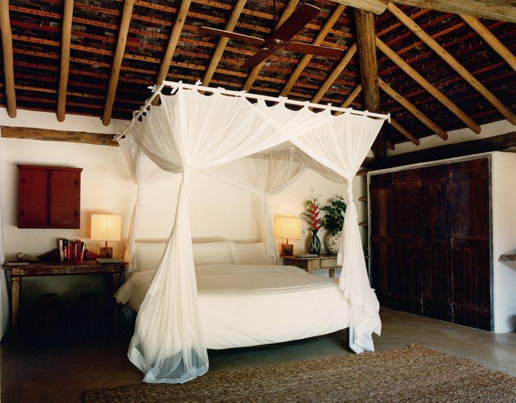 Honeymoon Guide 2015 Ideas Advice  Uxua Casa Hotel & Spa_ Brazil_ Mr & Mrs Smith (3)
