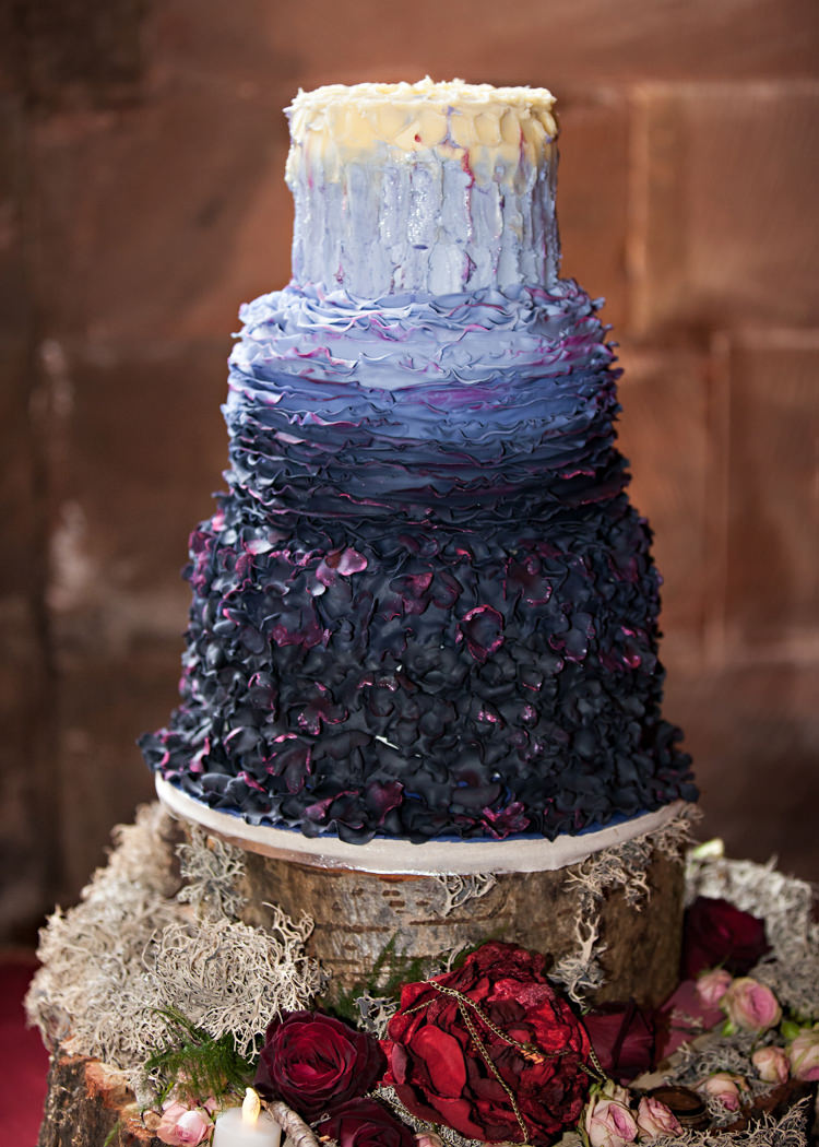 Harry Potter Wedding Cake.Dramatic Rich Rustic Harry Potter Inspired Wedding