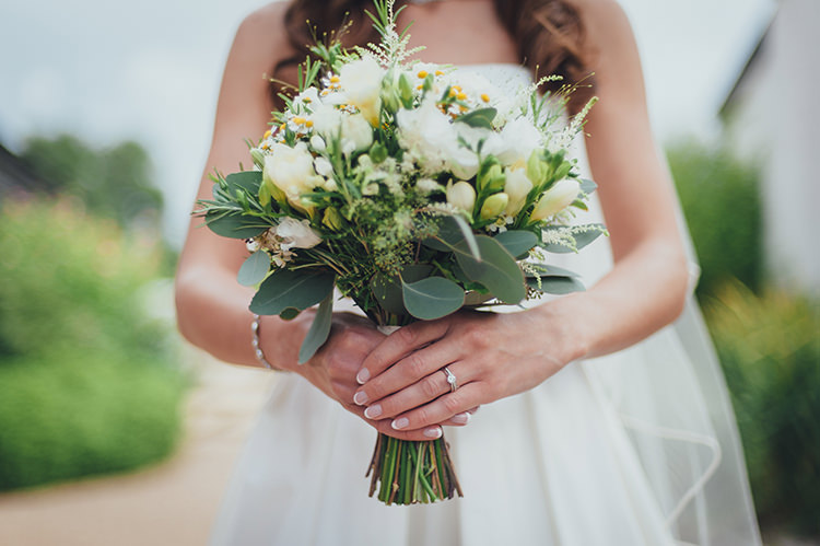 Rustic Summer Country Fayre Wedding http://candidandfrankphotography.com/