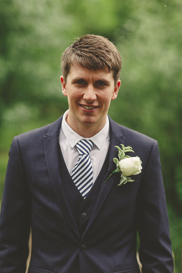 Stripe Tie Groom Suit Relaxed Rustic Coral Peony Barn Wedding http://www.benjaminstuart.co.uk/