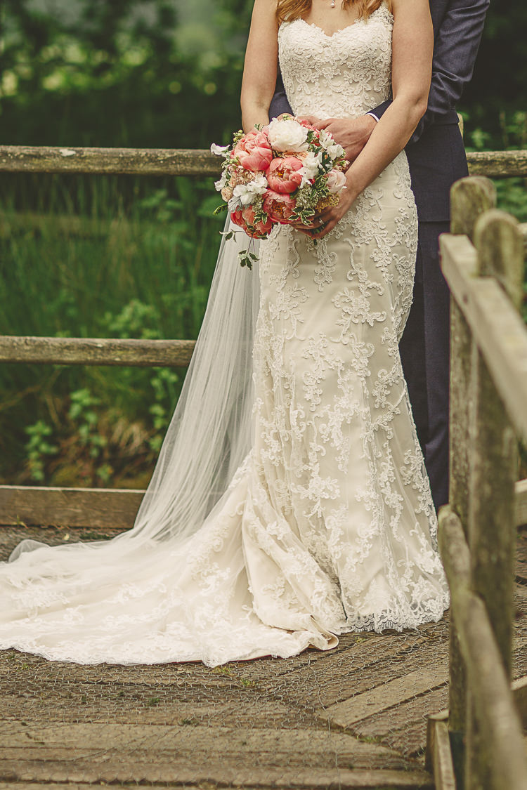 Lace Dress Gown Bride Bridal Veil Relaxed Rustic Coral Peony Barn Wedding http://www.benjaminstuart.co.uk/