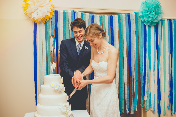 Streamers Backdrop Pom Poms Fun Enchantment Under The Sea Dance Blue London Wedding http://bigbouquet.co.uk/