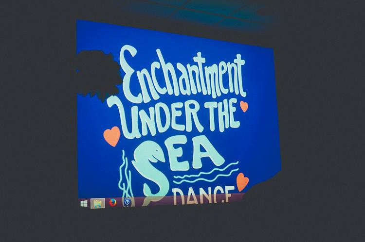 Fun Enchantment Under The Sea Dance Blue London Wedding http://bigbouquet.co.uk/