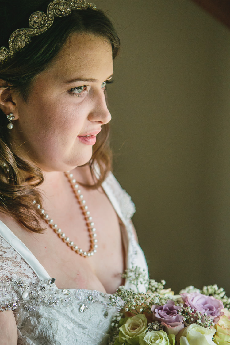 Beautifuk Bride Make Up Bridal Hair Pearl Necklace Crafty DIY Pastel Shabby Chic Wedding http://www.tierneyphotography.co.uk/