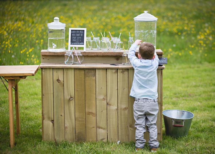 Lemonade Stand Creative DIY Outdoor Tipi Field Wedding http://hbaphotography.com/