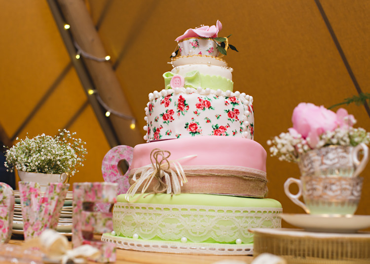 Floral Cake Cath Kidston Pink Green Tea Cup Creative DIY Outdoor Tipi Field Wedding http://hbaphotography.com/