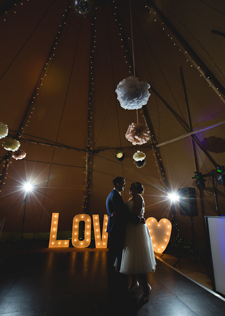 Love Fairy Lights Pom Poms Heart First Dance Creative DIY Outdoor Tipi Field Wedding http://hbaphotography.com/