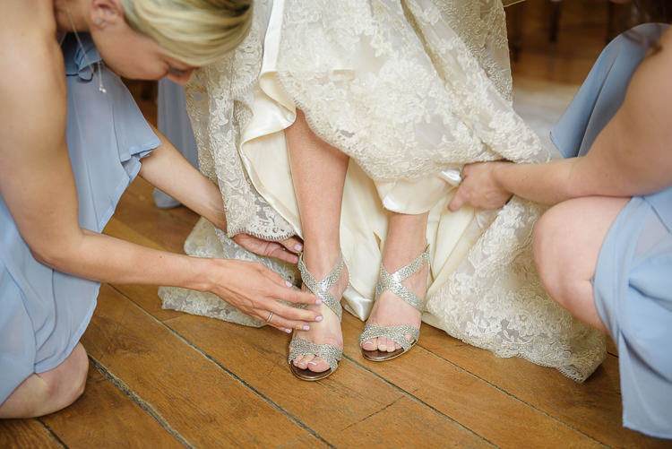 Jimmy Choo Shoes Bride Bridal Pretty Natural Rustic Woodland Wedding http://riamishaal.com/