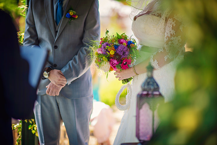 Relaxed Country Outdoor Flowers Bright Summer Wedding http://www.photographybyvicki.co.uk/