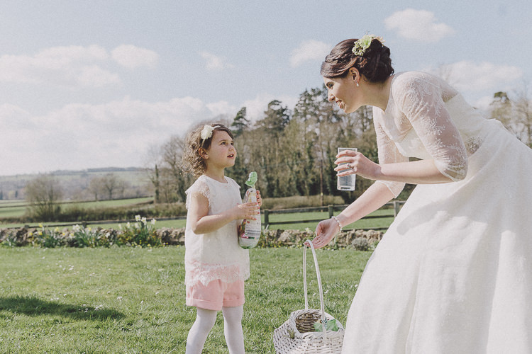 Easter Barn Vintage China Wedding http://www.scuffinsphotography.com/