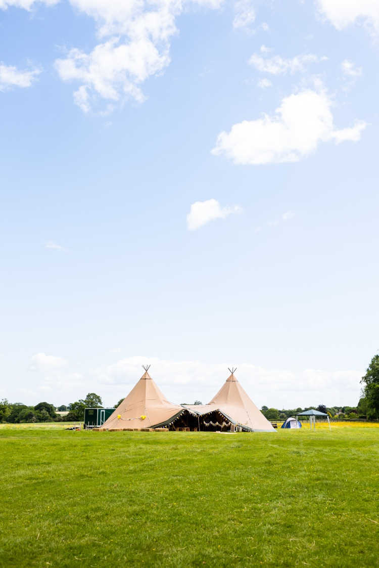 Elite Tents Relaxed Outdoor Tipi Wedding Child Naming Ceremony http://www.daffodilwaves.co.uk/