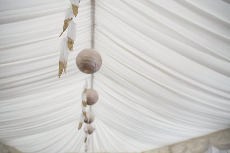 Gold Glitter Dipped Feathers Indie Glam Feathers Shells Slate Sea Inspired Wedding http://assassynation.co.uk/