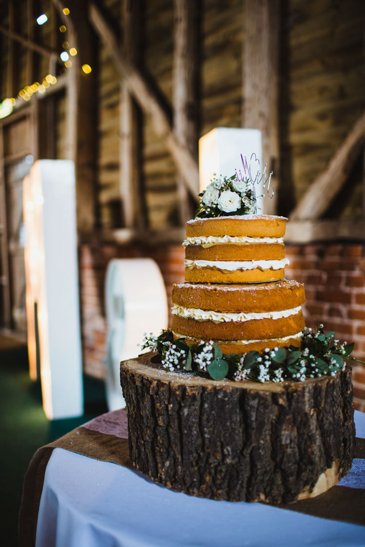Naked Cake Sponge Layer Flowers Icing Log Very Casual Country Barn Wedding http://amybphotography.co.uk/