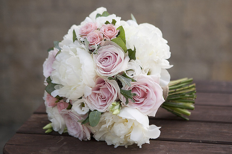 Rose Peony Bouquet Bride Bridal Flowers Ivory Pink Modern Classic Grey White Chic Elegant Wedding http://www.chanelleknapp.com/