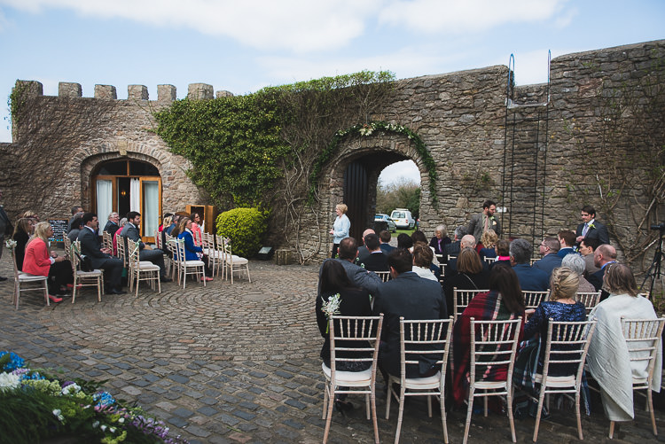 Family Fun Homely Castle Wedding http://www.lifeinfocusphotography.co.uk/
