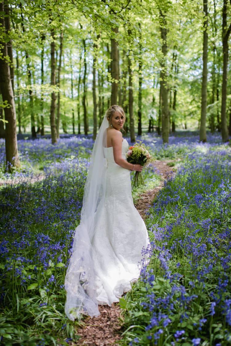 Lace Dress Bride Bridal Veil Festival Tipi Bluebell Woods Wedding http://alexa-loy.com/