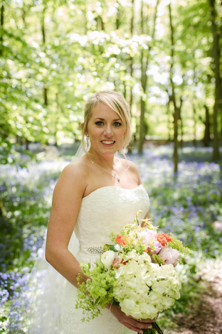 Hydrangea Bouquet Flowers Bride Bridal Festival Tipi Bluebell Woods Wedding http://alexa-loy.com/