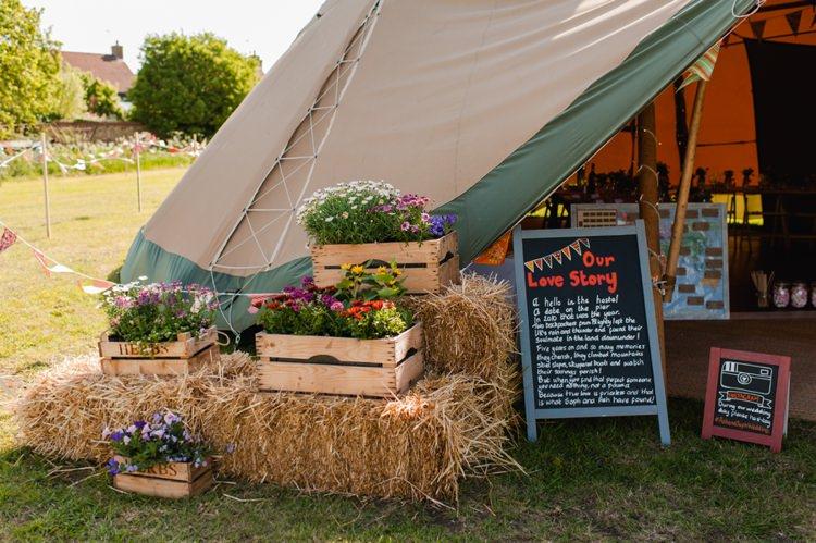 Flowers Crates Festival Tipi Bluebell Woods Wedding http://alexa-loy.com/