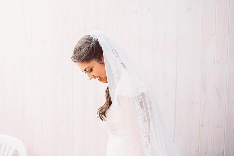 Veil Bride Bridal Pretty Relaxed Country Hand Made Wedding http://lemonadepictures.co.uk/