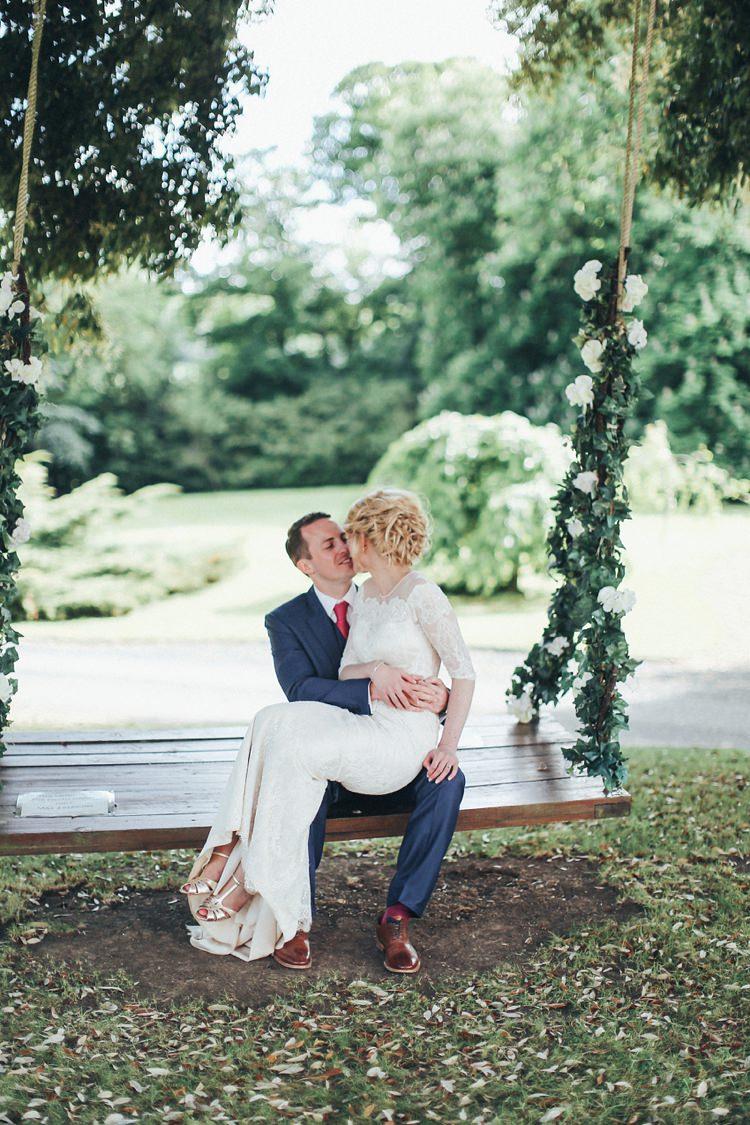 Beautiful Pink Gold Gin Wedding http://jesspetrie.com/