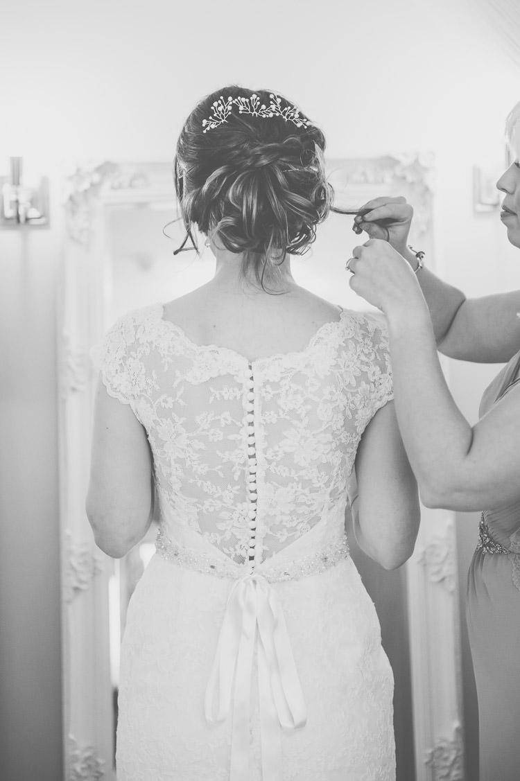 Braid Plait Hair Bride Style Up Do Bridal Fresh Relaxed Peach Barn Wedding http://lisahowardphotography.co.uk/