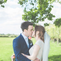 Fresh Relaxed Peach Barn Wedding http://lisahowardphotography.co.uk/