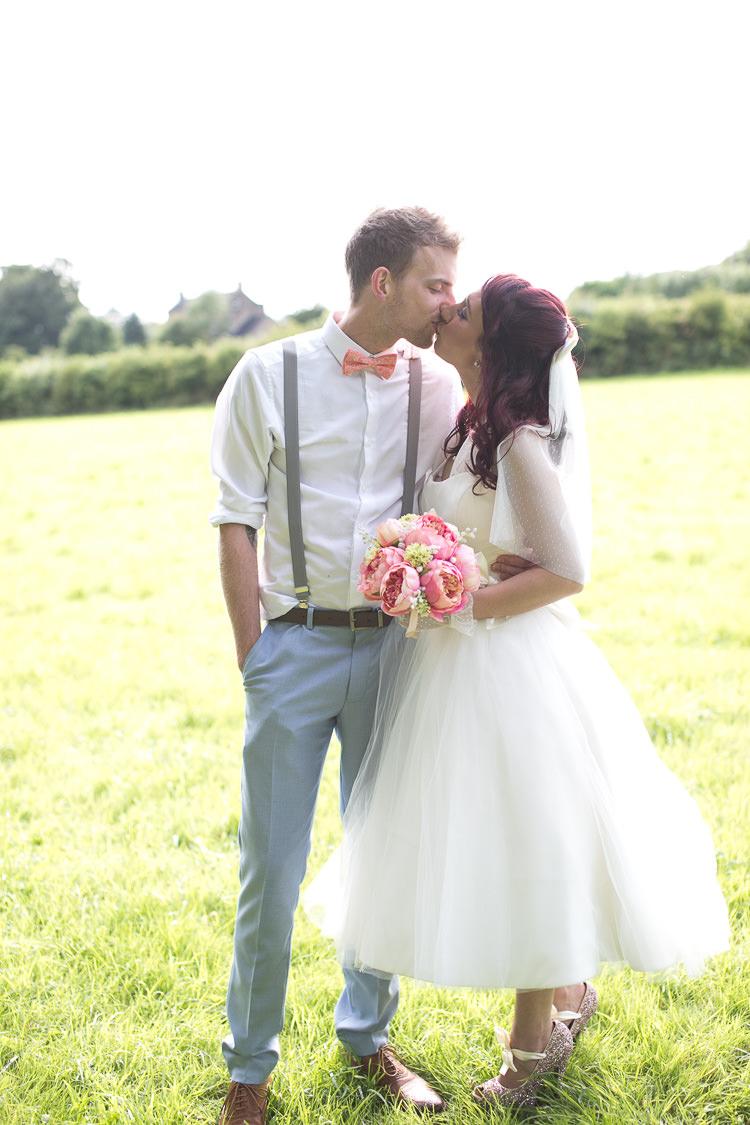 Sweet Homespun Colourful Pastel Wedding http://www.natashacadman.com/