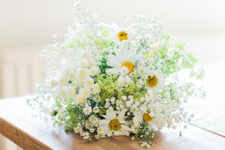 Daisy Bouquet Flowers Bride Bridal Bohemian DIY Pub Garden Wedding http://www.bethanystanley.com/