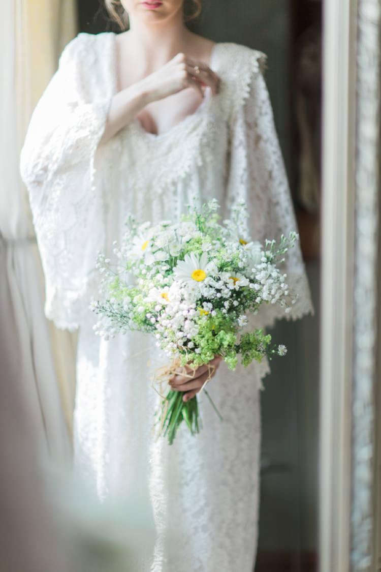 Daisy Bouquet Bride Bridal Flowers Bohemian DIY Pub Garden Wedding http://www.bethanystanley.com/