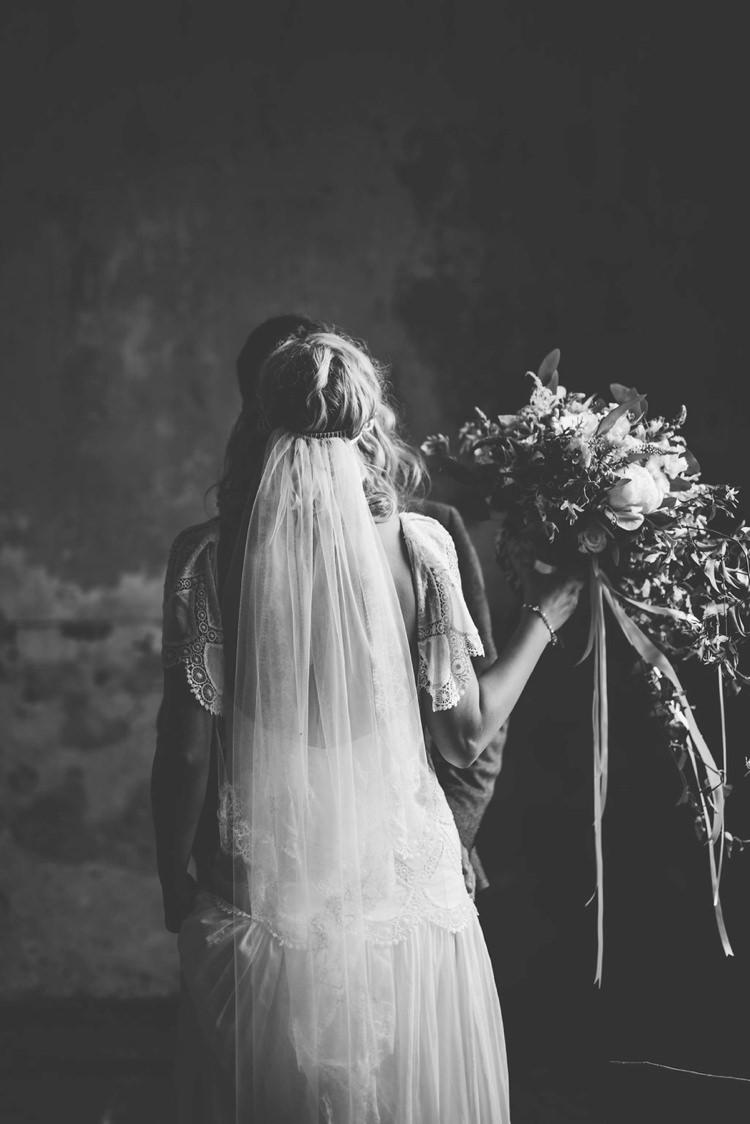 Veil Bride Bridal Whimsical Boho Woodland Wedding http://katmervynphotography.com/