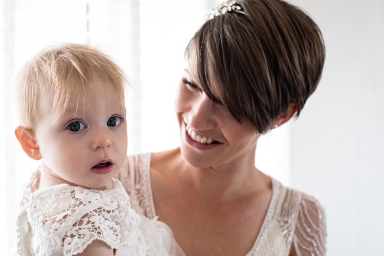 Short Hair Bride Flower Girl Daughter Beautiful Country Barn Relaxed Family Wedding http://hollybobbins.com/