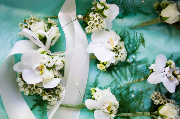 Buttonholes White Modern Monochrome Sculpture Garden Wedding Texas http://www.coryryan.com/