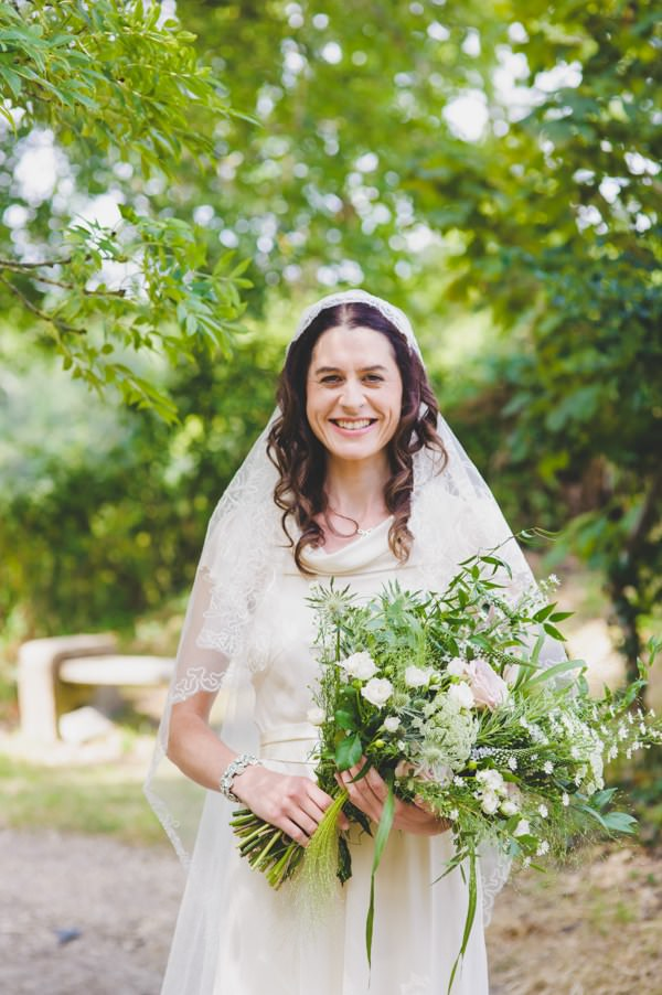 Juliet Lace Cap Veil Vintage Wedding Bride Bridal Ideas Inspiration http://annamorganphotography.co.uk/