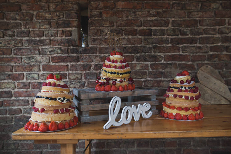 Naked Cakes Layer Sponge Table Fruit Indie Rustic DIY Fun Wedding Party http://www.sallytphotography.com/