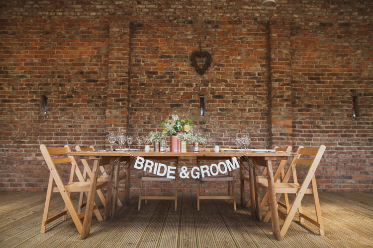Bride Groom Table Garland Indie Rustic DIY Fun Wedding Party http://www.sallytphotography.com/