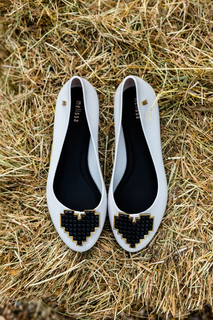Flat Shoes Bride Bridal Geeky Outdoorsy Woodland Wedding http://www.daffodilwaves.co.uk/