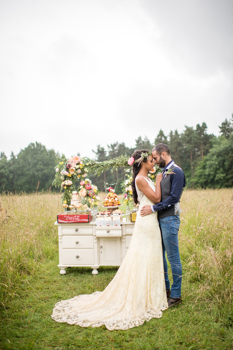 Whimsical Soft Floral Meadow Wedding Ideas http://www.jbcreatives.co.uk/