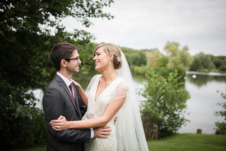 Outdoor Lakeside DIY Wedding http://julietmckeephotography.co.uk/