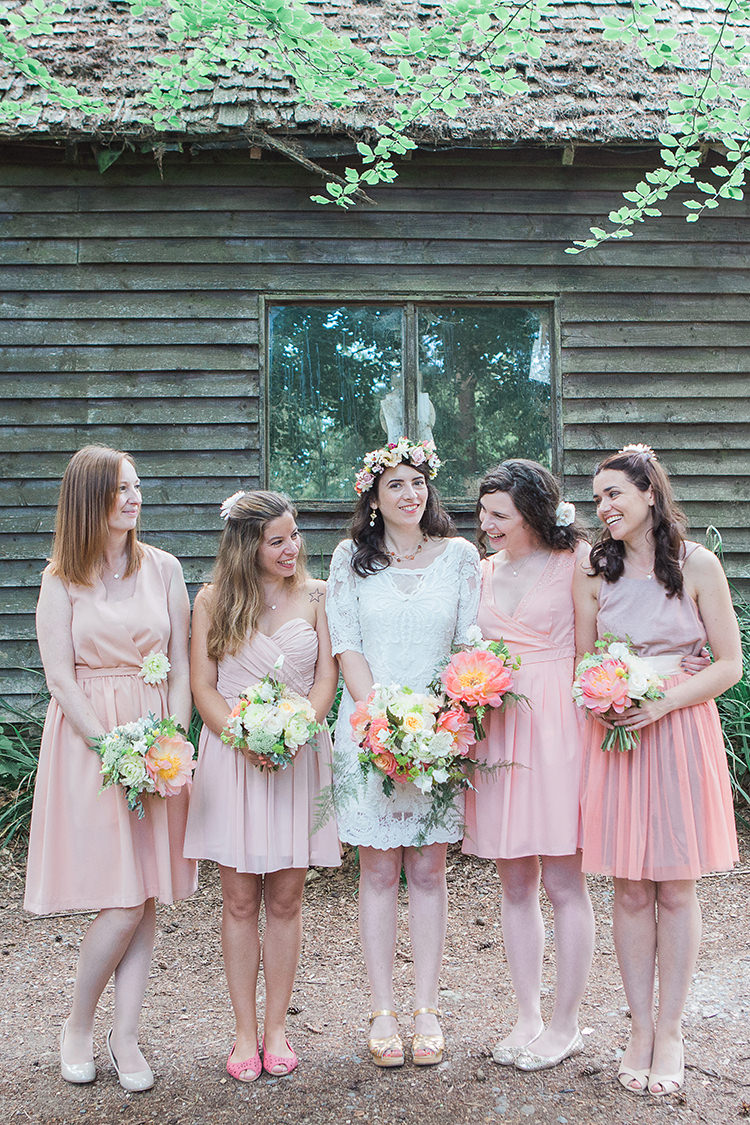 Peach Blush Coral Short Bridesmaid Dresses Indie Hand Made Outdoor Woodland Wedding http://www.ilariapetrucci.co.uk/
